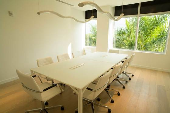 X8-1400D-boardroom-table-11-min