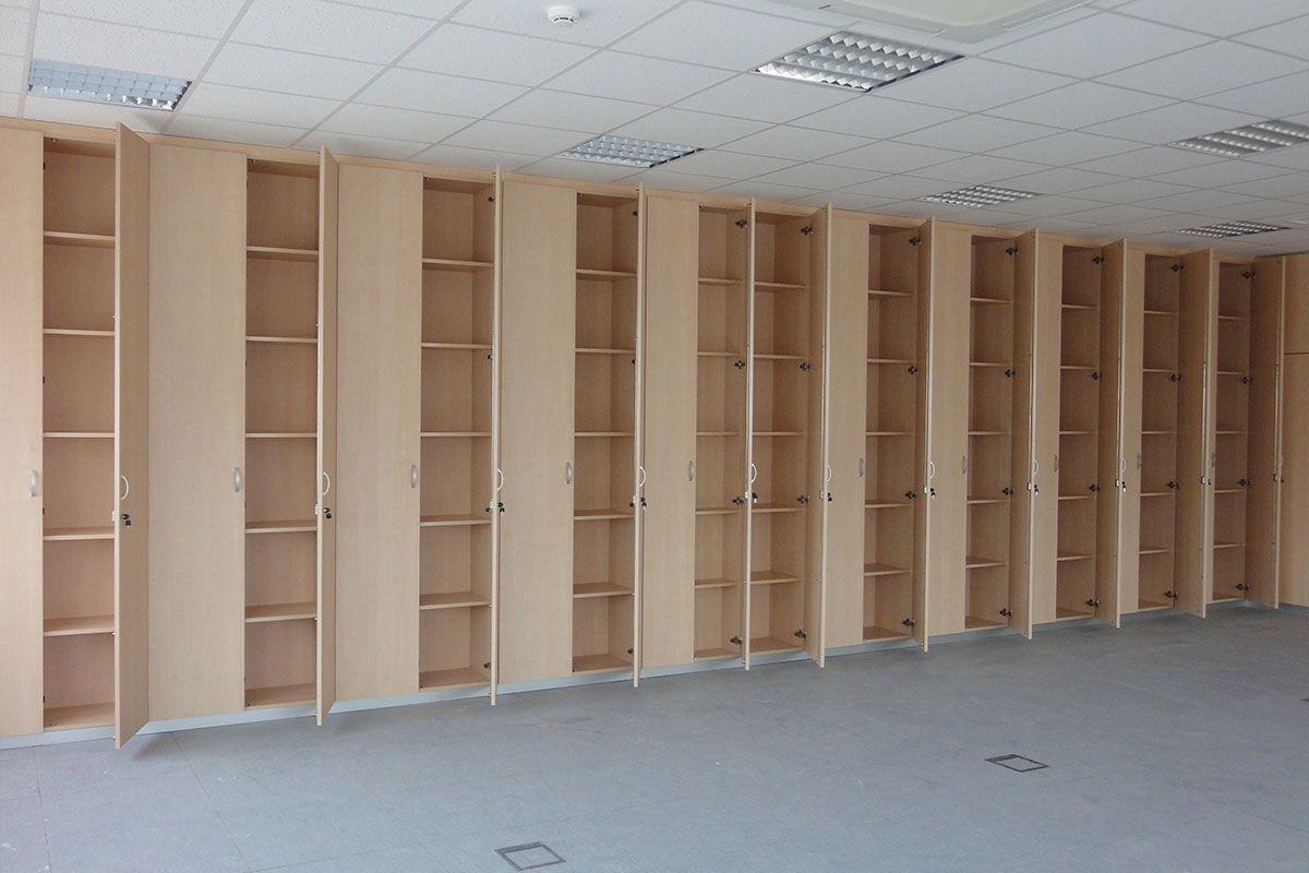 Tabique armario mobiliario demoestudio - Armarios de oficina ...