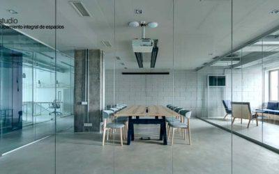 Cómo escoger el mobiliario perfecto para la sala de reuniones de tu oficina