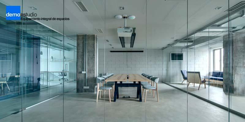escoger mobiliario sala reuniones oficina